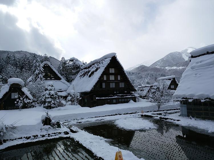 冬景色に彩られた世界遺産を、どうぞのんびりと満喫4
