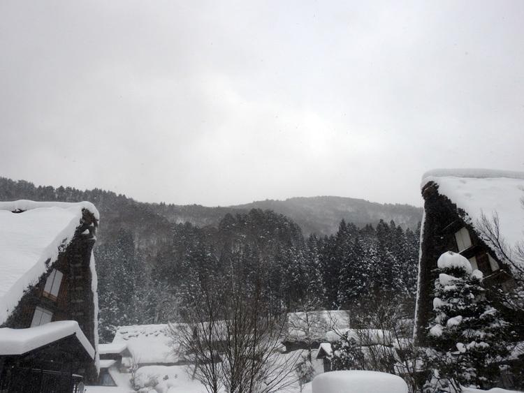 冬の最強寒波の猛威が続く白川郷3