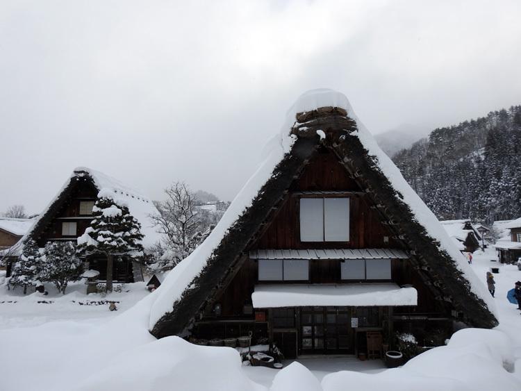 冬の最強寒波の猛威が続く白川郷4