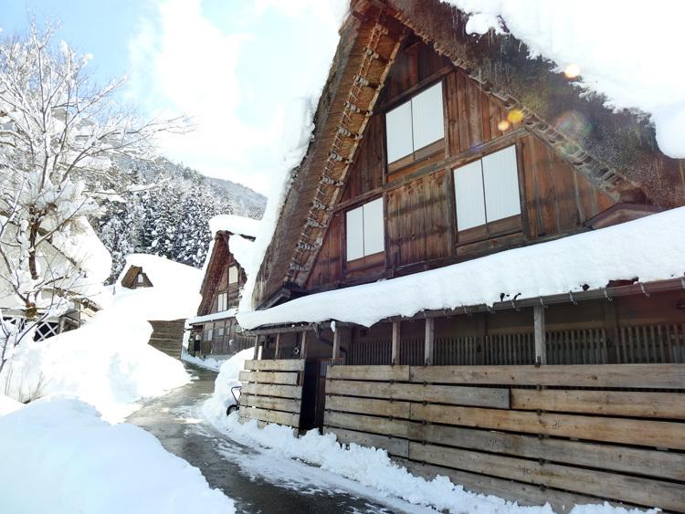 白川郷はやっぱり雪景色5
