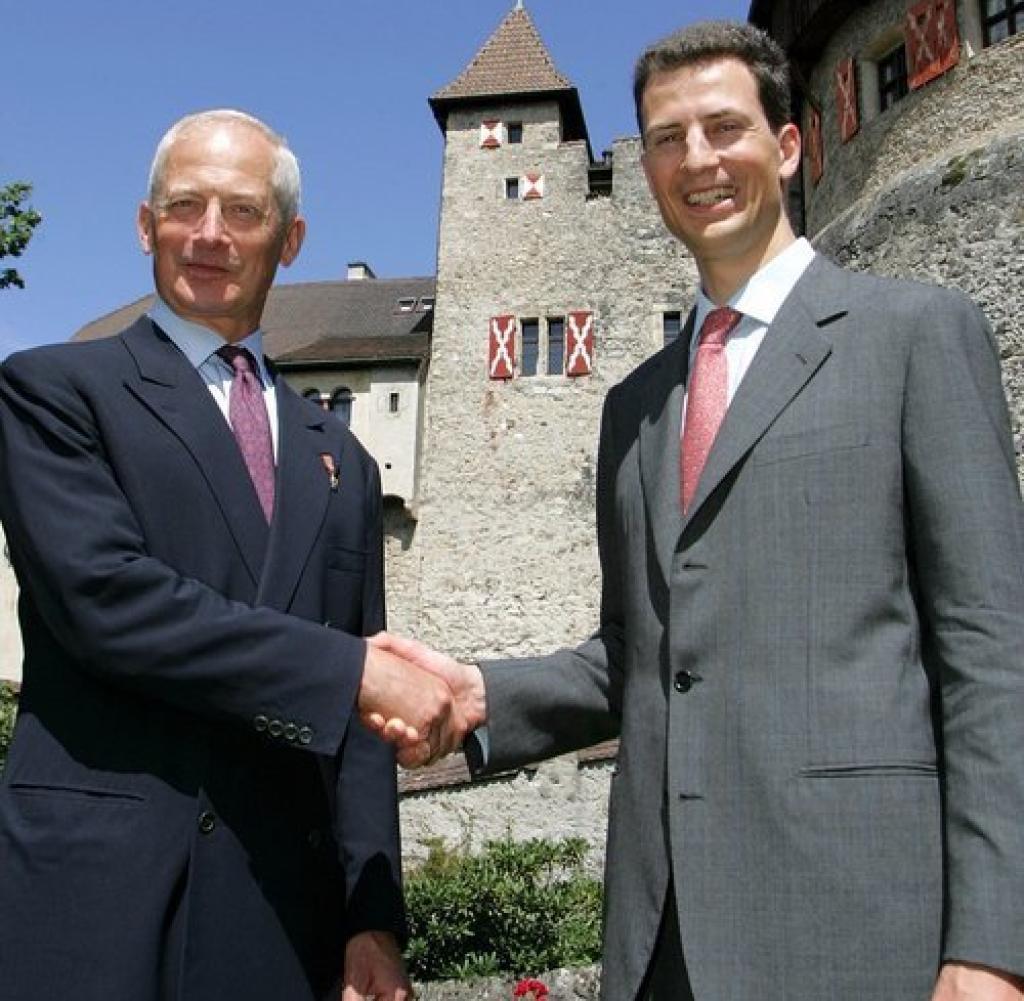 Monarchie-Liechtenstein-BM-Berlin-Vaduz-jpg.jpg