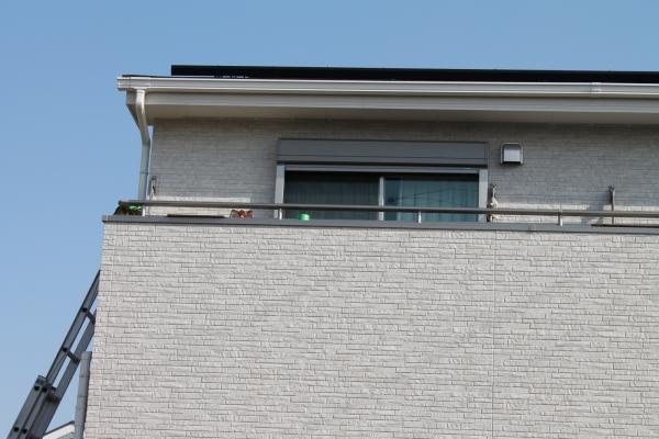 IMG_0357_テラス屋根施工_バルコニーとはしご
