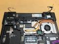 11-LCDケーブル類取外し