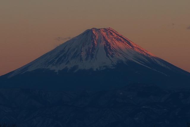 富士山が赤く染まっています。-03