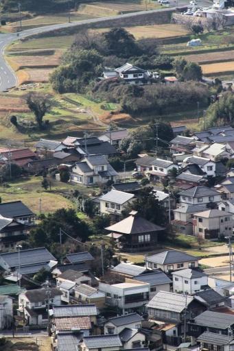 茶臼山から見た浄音寺