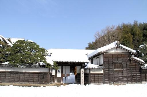 雪の小泉八雲旧居