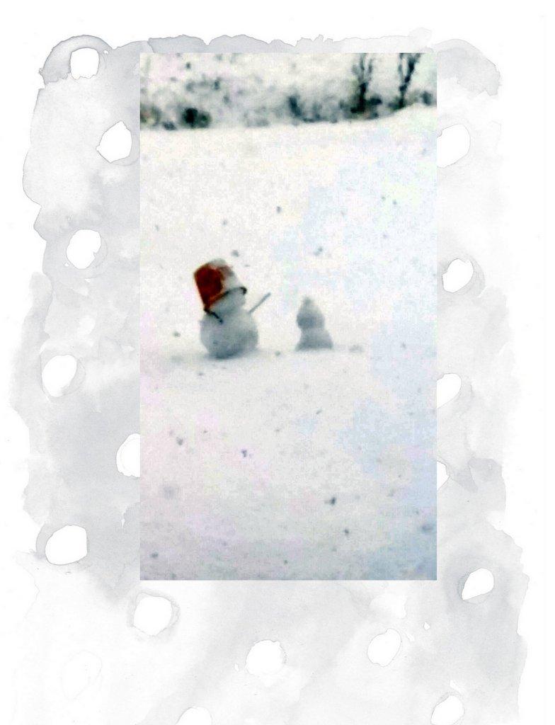 雪だるま、ポツンと