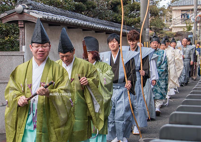 友呂岐神社 お弓行事-行列2