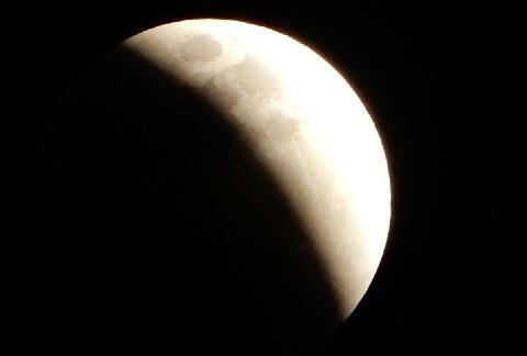 皆既月食 3