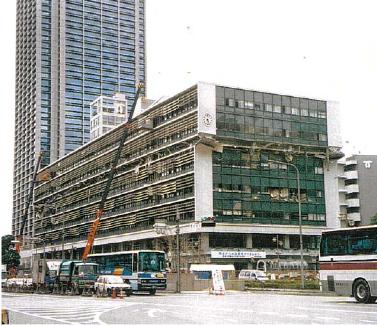 20180208被災直後の神戸市役所2号館