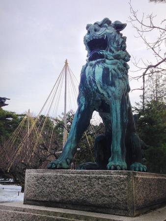 尾山神社の狛犬