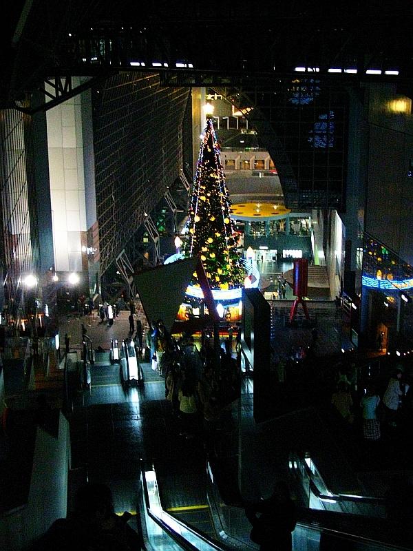 2013_11_25京都駅:クリスマス夜景17