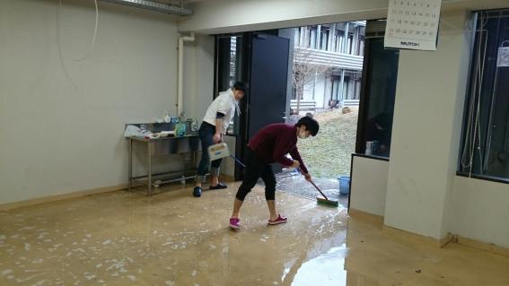 年末大掃除&クリスマス会_73