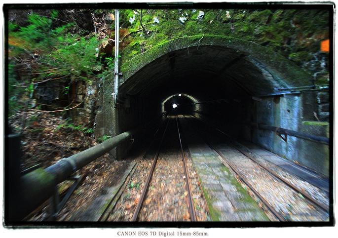 紀州鉱山トロッコ電車1712kii004.jpg