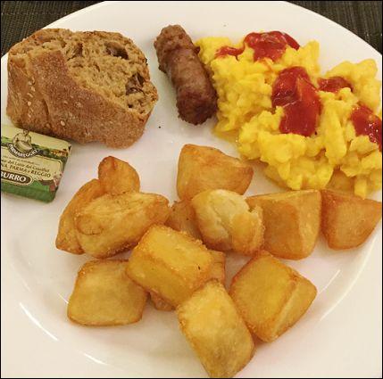 ミラノ朝食10