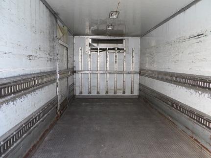 トラックコンテナ・3