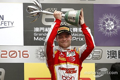 f3-macau-gp-2016-podium-second-place-felix-rosenqvist-sjm-theodore-racing-by-prema-dallara.jpg