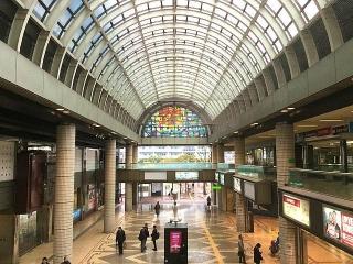 IMG_180117_1502 西神中央駅コンコース_VGA