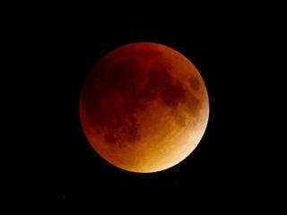 180131 今夜みられたハズの「皆既月食」ブルー・ブラッド・ムーン ph_thumb_VGA