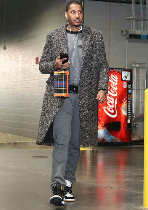 カーメロ・アンソニー(Carmelo Anthony):ラグ&ボーン(Rag & Bone)バーバリー(Burberry)ナイキ(NIKE)