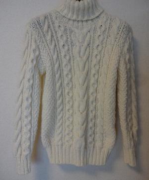 やっこちゃんのセーター
