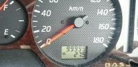 99999キロをさす車の走行メーター