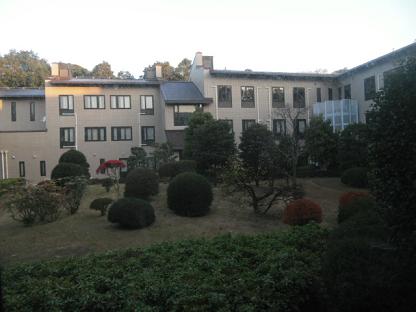4 研修寮の外観