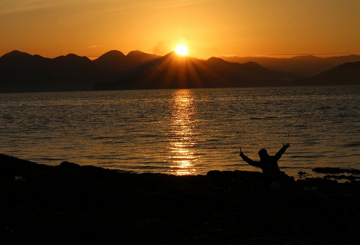 朝陽が出ました 粟島 30 1 4
