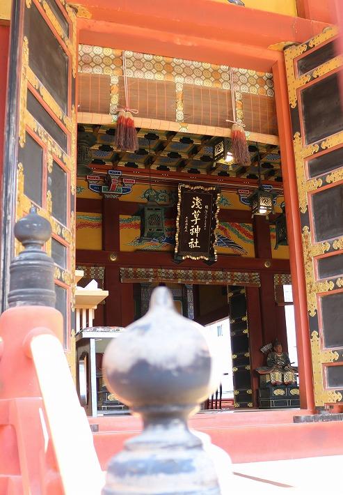 浅草神社 中 外から 30 2 4