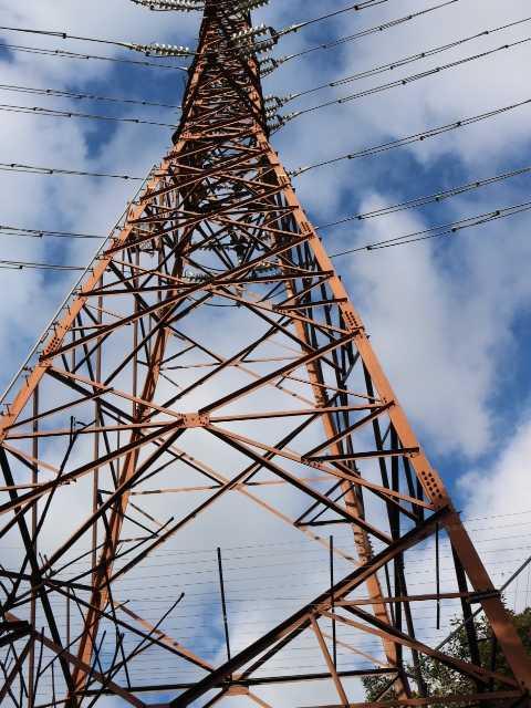 IMG6580JPG1地列目の鉄塔