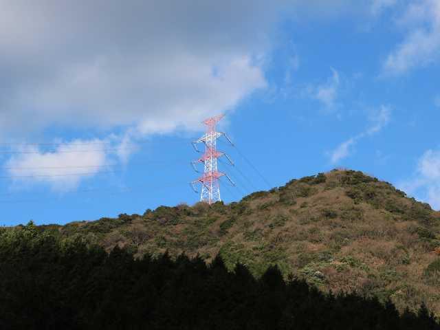 IMG6739JPG見上げる朱色鉄塔361mP