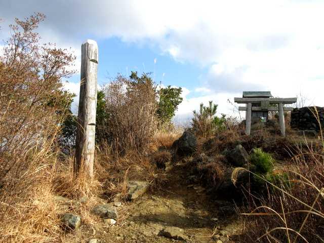 IMG3154JPG尺岳山頂