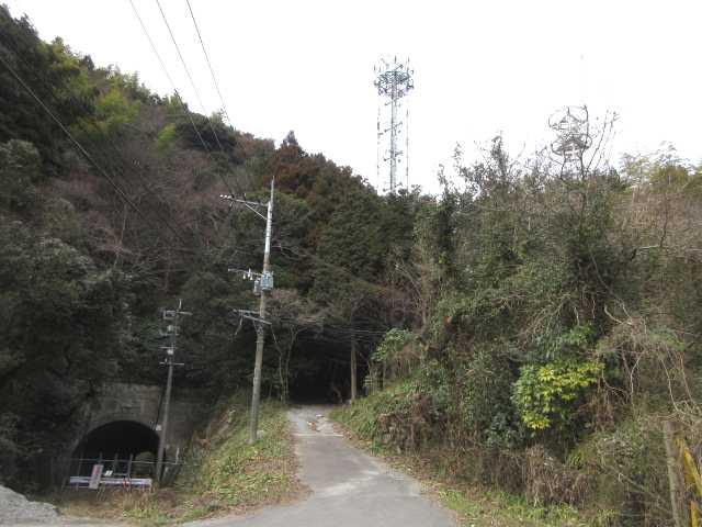 IMG4547JPG旧金辺トンネルに戻ってきた