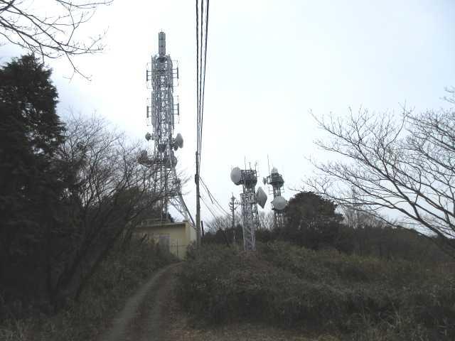 IMG4684JPG大阪山のシンボルアンテナ群