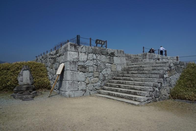 1二本松城天守台 (1200x800)