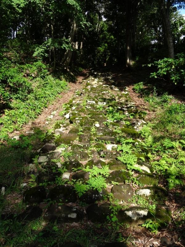 3石段 (900x1200)