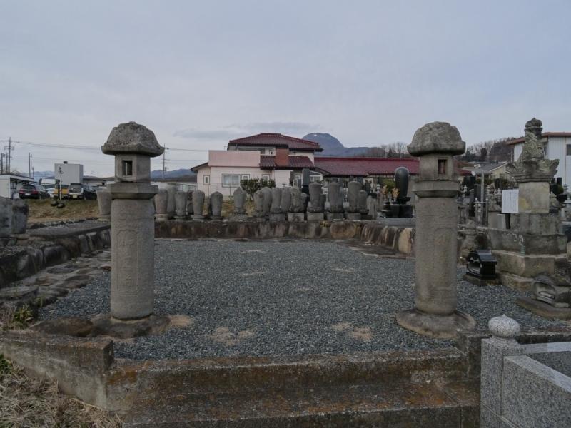 5墓地 (1200x900)