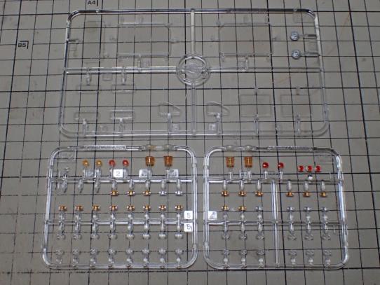 M1070&M1000重装備運搬車 クリアパーツ塗装