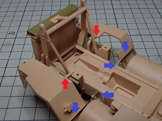 M1070&M1000重装備運搬車 フェンダーの取り付け