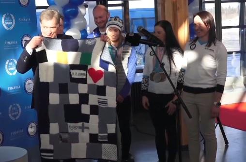 サウリ・ニーニスト大統領 フィンランド 冬季オリンピック ブランケット 進呈