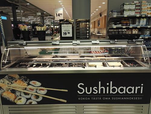 フィンランド 大型スーパー Prisma 寿司バー