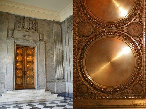 国会議事堂・中央玄関扉