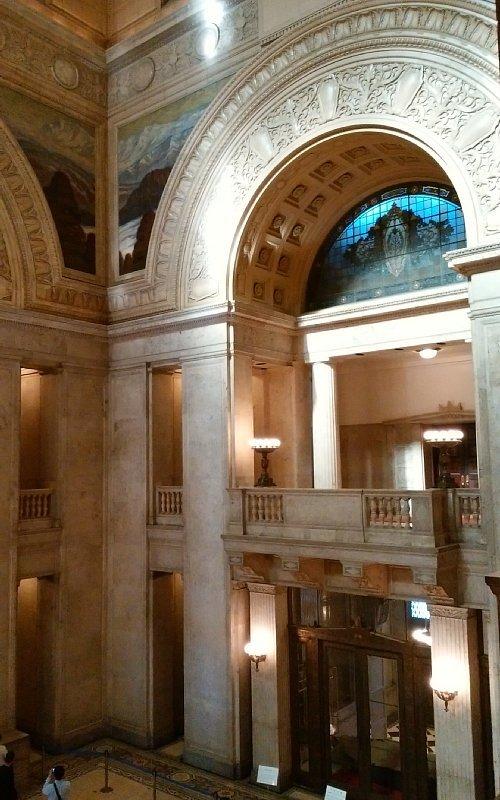 国会議事堂・中央広間1