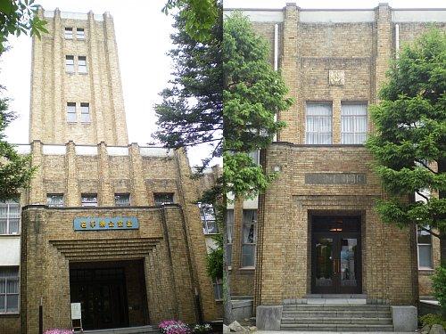 岩手県公会堂3