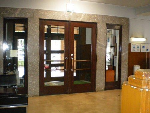岩手県公会堂・正面玄関