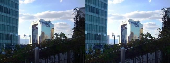 大阪ステーションシティ 風の広場2017.10.8③(平行法)