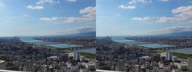 梅田スカイビル空中庭園展望台眺望2017.10.8⑤(交差法)
