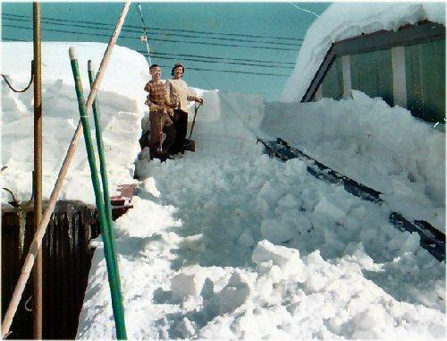 2a 500 19770202 雪父母onLL雪下ろし