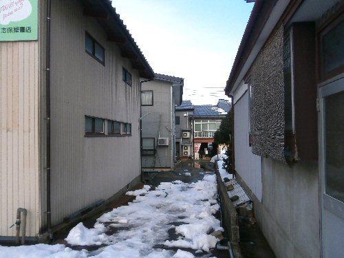 01a 500 20180227 02 雪解け教室西口