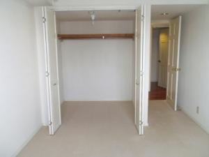 部屋3収納